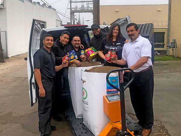 Mercedes-Benz of Clear Lake Food Donation